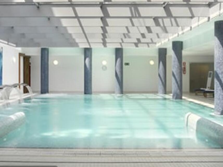 Oferta balnearios barcelona for Balneario de fortuna precios piscina