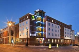"Foto del exterior de ""Hotel Holiday Inn Express Stevenage"""