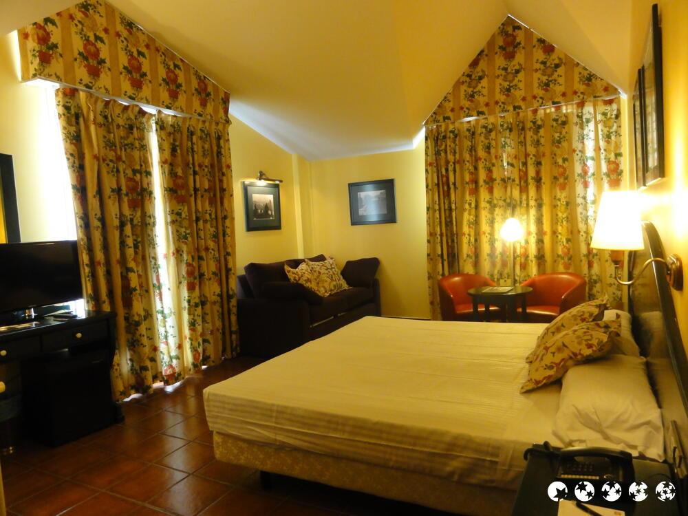 Els Meners Hotel - room photo 7219795