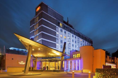 Foto del exterior de Crowne Plaza London ? Gatwick Airport