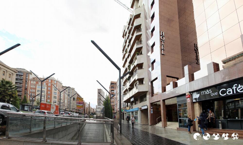 Hotel carlton rioja logro o for Alojamiento en la rioja espana