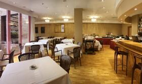 "Foto de restauración de ""Hotel Carlton Rioja"""
