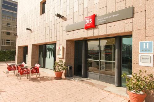 Außenansicht - Hotel Ibis Madrid Alcala de Henares La Garena