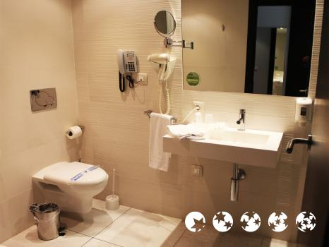 Foto del bagno Hotel Agora Spa and Resort