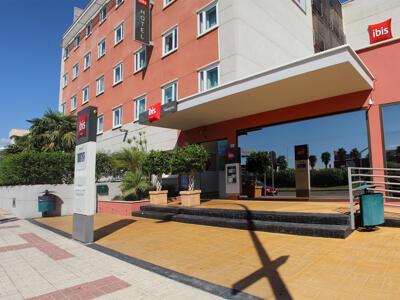 Foto del exterior de Hotel Ibis Malaga Avenida Velazquez