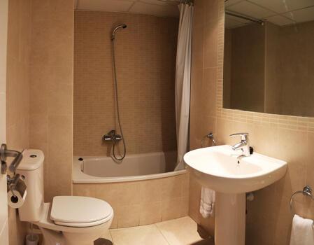 Foto del bagno Apartamentos Larimar