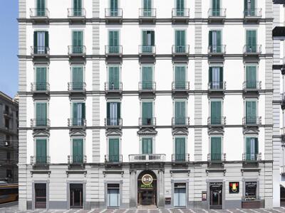 Foto del exterior de B&B Hotel Napoli