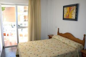 """Foto de una habitación de """"Apartamentos Sol De España"""""""