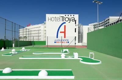 Außenansicht - Hotel Troya