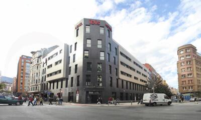 Foto del exterior de Ibis Bilbao Centro