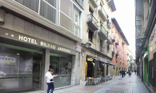 Foto degli esterni Hotel Bilbao Jardines