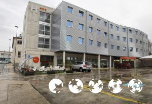 "Exterior – ""Hotel Bed4u Pamplona"""