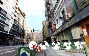 "Foto del exterior de ""Hostal Cataluña"""