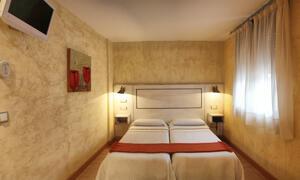 """Room – """"Hotel Castillo De Javier"""""""