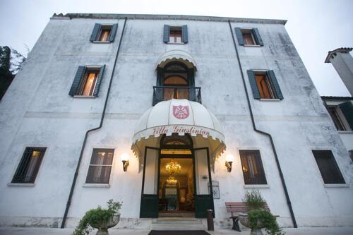 Foto degli esterni Park Hotel Villa Giustinian