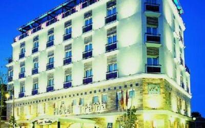 Foto del exterior de Hotel Traiña