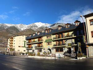 """Foto del exterior de """"Hotel Llibrada"""""""