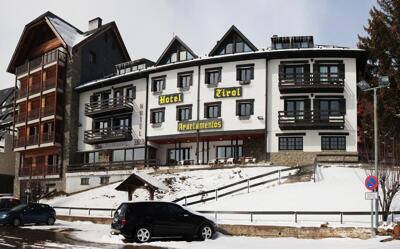 Foto degli esterni Hotel Tirol
