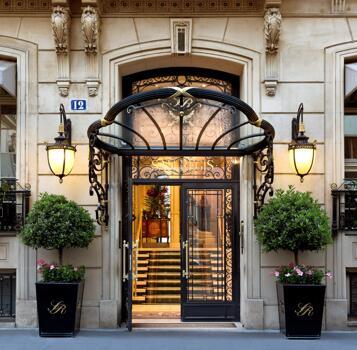 Exterior – Hotel San Regis