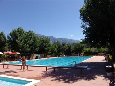 Foto del exterior de Bungalows Peña Montañesa