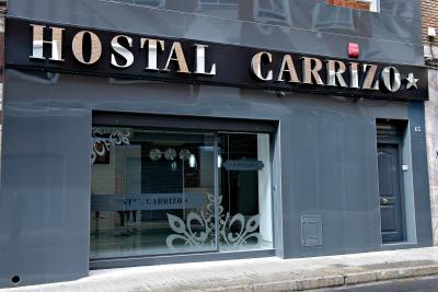 Foto degli esterni Hostal Carrizo