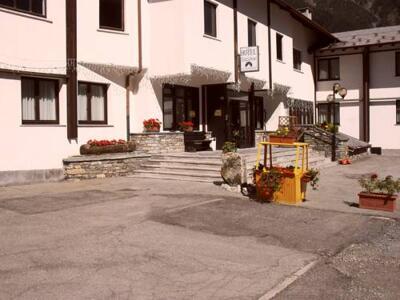 Foto degli esterni Hotel De La Telecabine