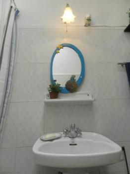 Bathroom – La Terrera Youth Hostel