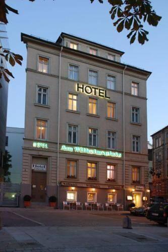 Außenansicht - Hotel Am Wilhelmsplatz