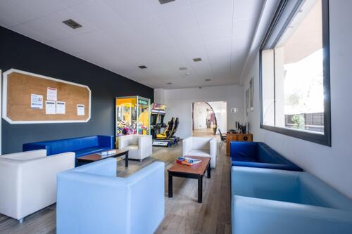 Foto de los servicios de Apartamentos California