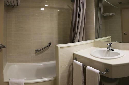 Foto del baño de Hotel Bahía Calpe by Pierre & Vacances
