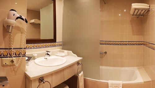 Foto del baño de Hotel Fuerte Conil-Costa Luz