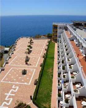 Außenansicht - Hotel Salobreña Suites