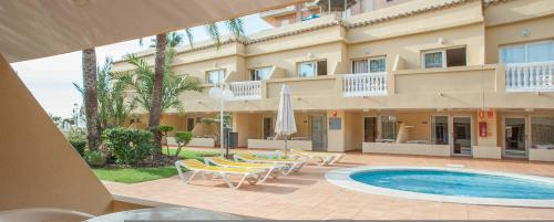 Foto degli esterni Hotel RH Casablanca Suites