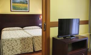 """Foto de una habitación de """"Hotel Dos Castillas"""""""