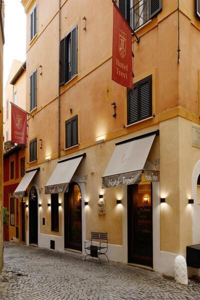 Außenansicht - Hotel Trevi