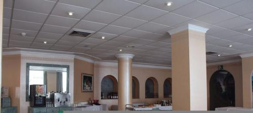Foto de restauración de Sunbeach by Kenkohotels