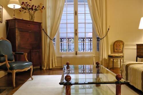 Photo – Apartment Living in Paris - Palais Bourbon