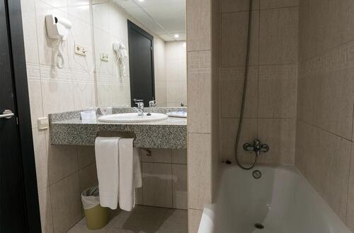 Foto del baño de Hotel Andorra Center