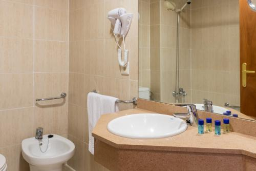 Foto del baño de H·TOP Royal Beach