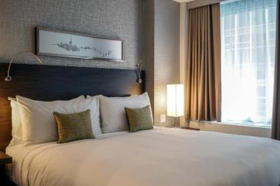 Room – The Bernic Hotel New York City,Tapestry Collection by Hilton
