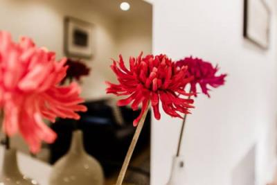 Photo – Soho Piccadilly Circus Apartment