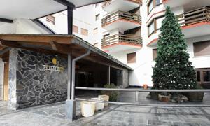 """Foto del exterior de """"Hotel Nievesol"""""""