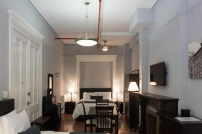 Room – The Central Park North