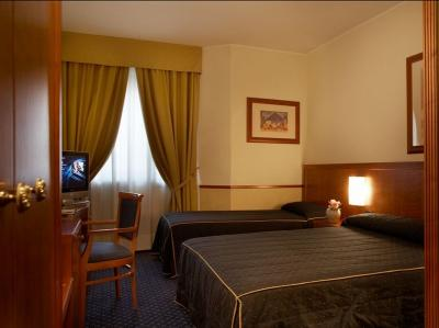 Zimmer - Hotel Pacific Fortino