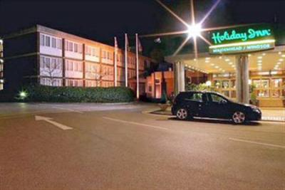 Foto degli esterni Hotel Holiday Inn Maidenhead Windsor