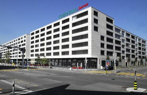 Foto del exterior de Courtyard by Marriott Zurich North