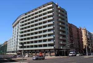 """Exterior – """"Hotel Roma"""""""