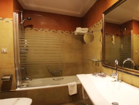 Foto del baño de Hotel Becquer