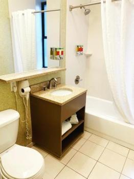 Bathroom – The Hotel at Times Square