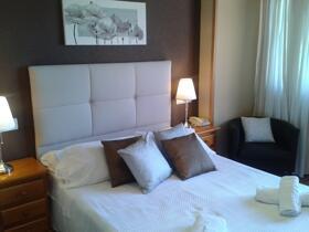 """Foto de una habitación de """"Hotel Sánchez"""""""
